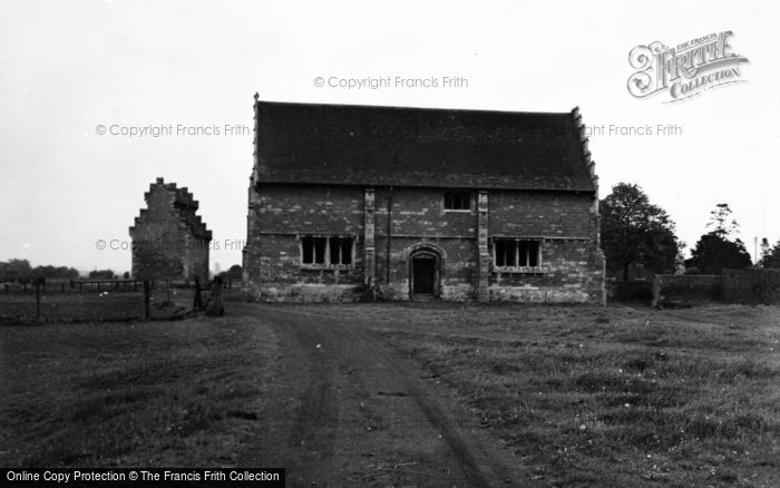 Photo of Willington, Stables 1954