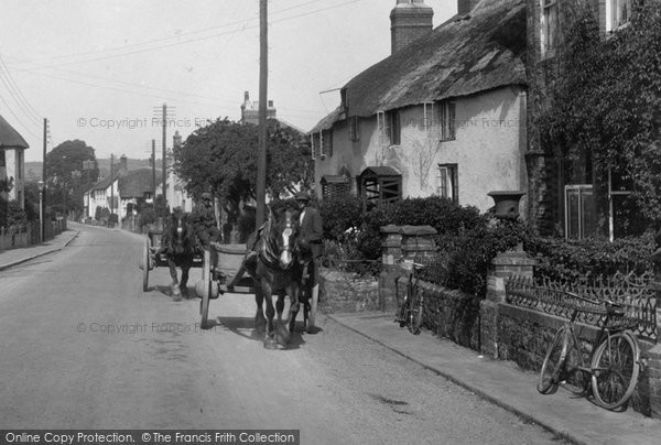 Photo of Williton, Horse And Cart, Long Street 1929