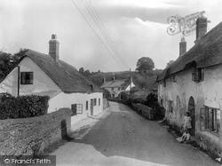 Williton, Old Cottages, Bridge Street 1929