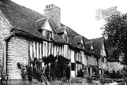 Wilmcote, Mary Arden's House (Now Palmer's Farm) c.1965