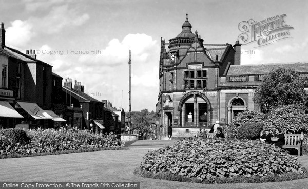 Photo of Wilmslow, Bank Square Gardens c.1955