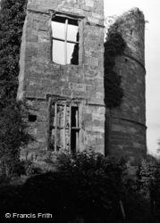 Castle 1951, Wilton