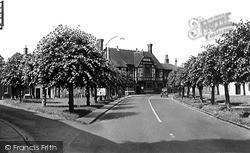 Kingsbury Square c.1955, Wilton