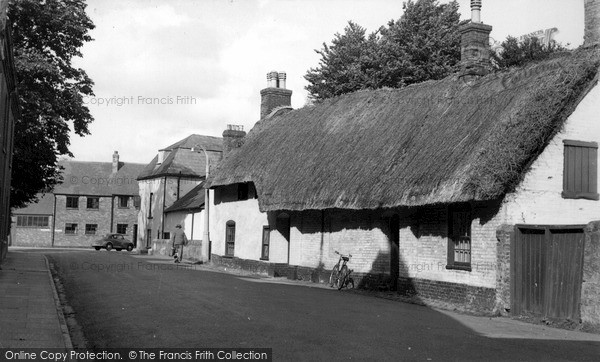 Photo of Wilton, Old Cottages c.1955