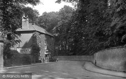 Wilton, Pembroke Arms 1919