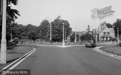 Wilton, Roundabout c.1955