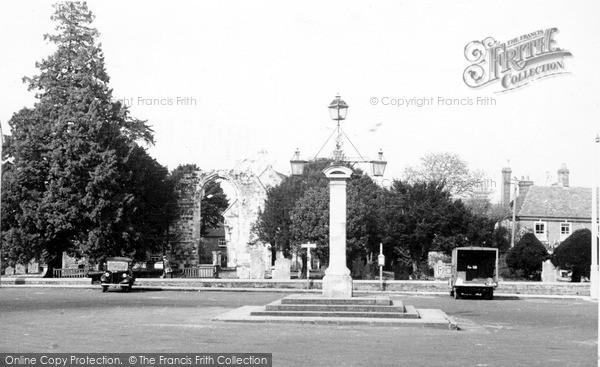 Photo of Wilton, The Square c.1955