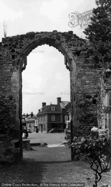 Photo of Wilton, The Square Through The Old Archway c.1955