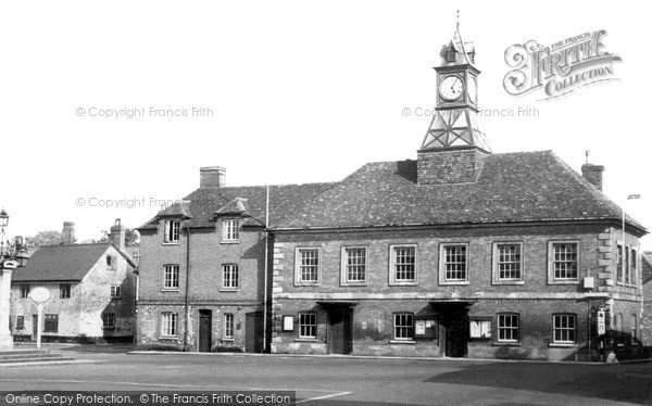 Photo of Wilton, Town Hall From West Street c.1950