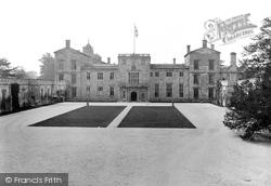 Wilton, Wilton House, Front Entrance 1919