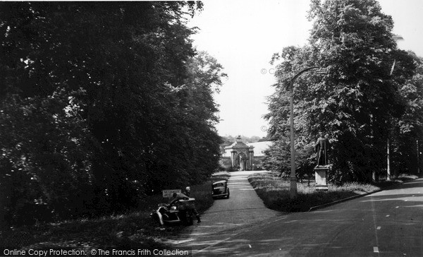 Photo of Wilton, Wilton House Gates c.1955