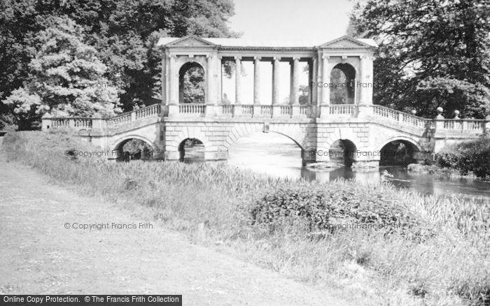 Photo of Wilton, Wilton House, The Palladian Bridge c.1950