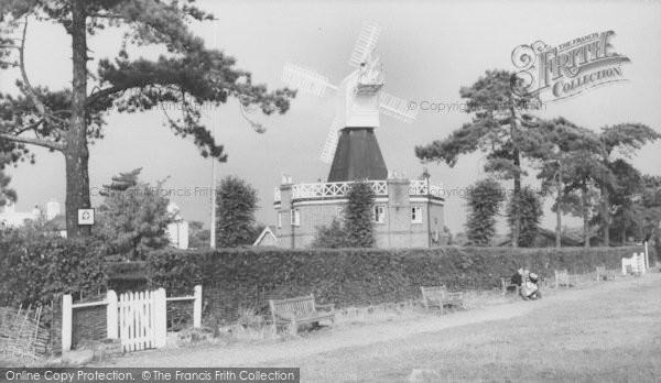 Photo of Wimbledon, Common, The Windmill c.1960