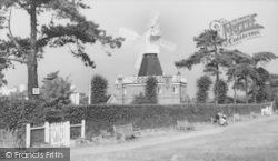 Common, The Windmill c.1960, Wimbledon