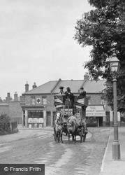 Horse Bus In Garratt Lane 1900, Wimbledon