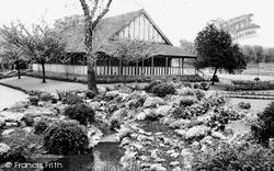 Park, Tea Pavilion c.1955, Wimbledon