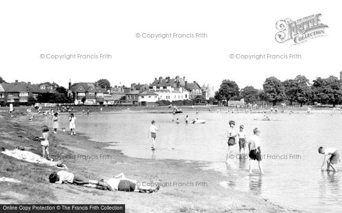 Photo of Wimbledon, Rushmere Pond c.1955