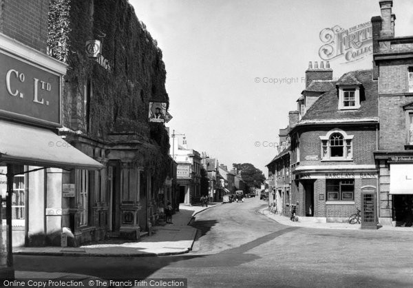 Photo of Wimborne, King's Head c.1955