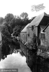 Wimborne, River Allen From East Brook Bridge 1908, Wimborne Minster