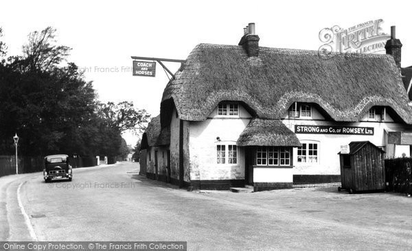 Photo of Wimborne, The Coach And Horses 1936