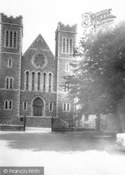 Wincanton, Catholic Church Of St Luke And St Teresa c.1960