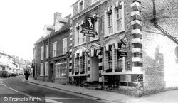 The White Horse Hotel c.1960, Wincanton