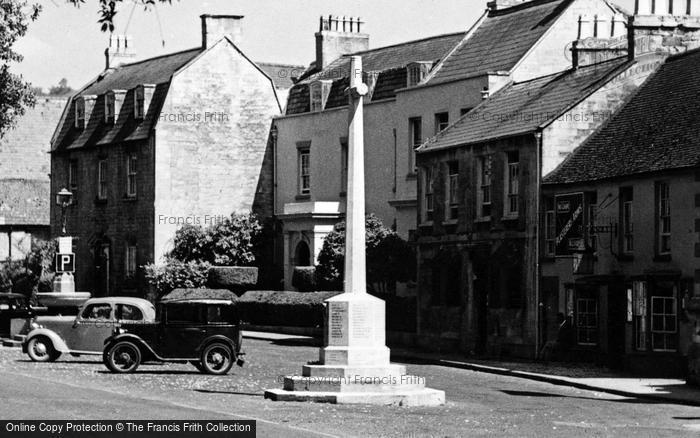 Photo of Winchcombe, War Memorial c.1955
