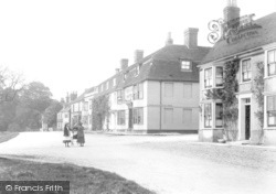 Winchelsea, German Street And The New Inn 1906