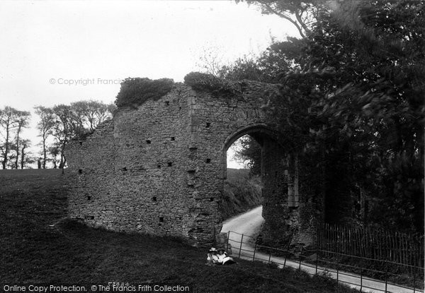 Photo of Winchelsea, New Gate 1906