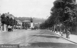 Winchester, Broadway And The Alfred Statue 1909
