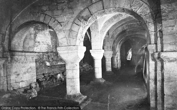 Photo of Winchester, Cathedral Crypt 1912