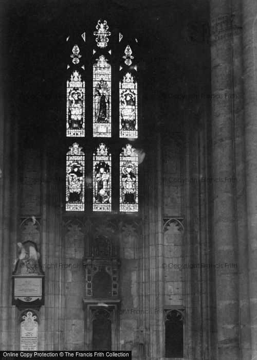 Photo of Winchester, Cathedral, Jane Austins Window 1911