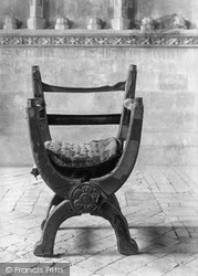 Winchester, Cathedral, Queen Mary's Chair 1911
