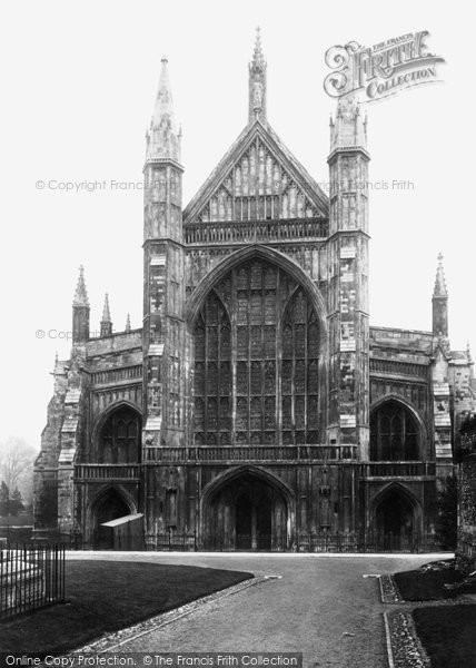 Photo of Winchester, Cathedral West Front 1909