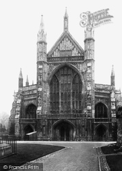 Winchester, Cathedral West Front 1909