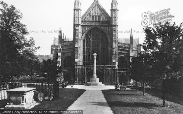 Photo of Winchester, Cathedral, West Front 1936