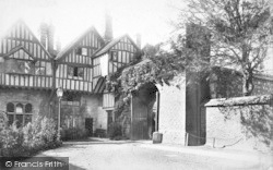Winchester, Cheyney Court And The Priory Gate 1893