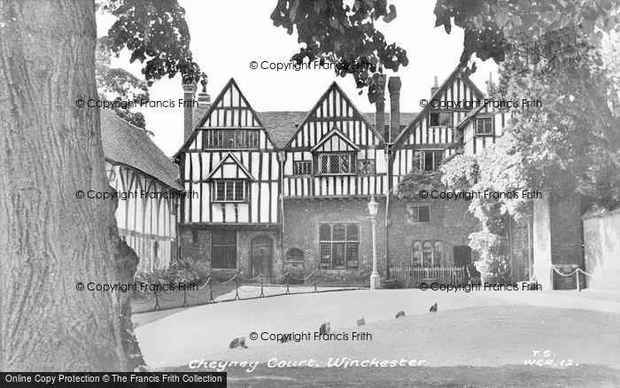 Photo of Winchester, Cheyney Court c.1955