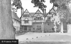 Winchester, Cheyney Court c.1955