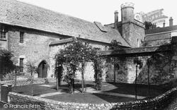 Winchester, College 1922
