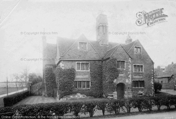 Photo of Winchester, College, Sick House 1910