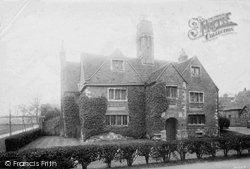Winchester, College, Sick House 1910