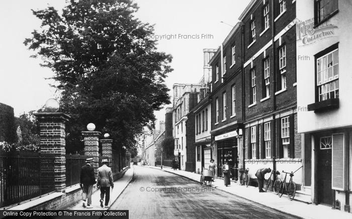 Photo of Winchester, College Street 1919