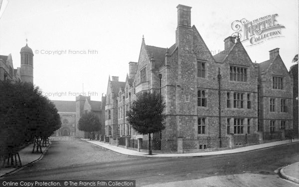 Photo of Winchester, County Buildings 1911