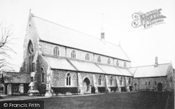 Winchester, Holy Trinity Church 1910