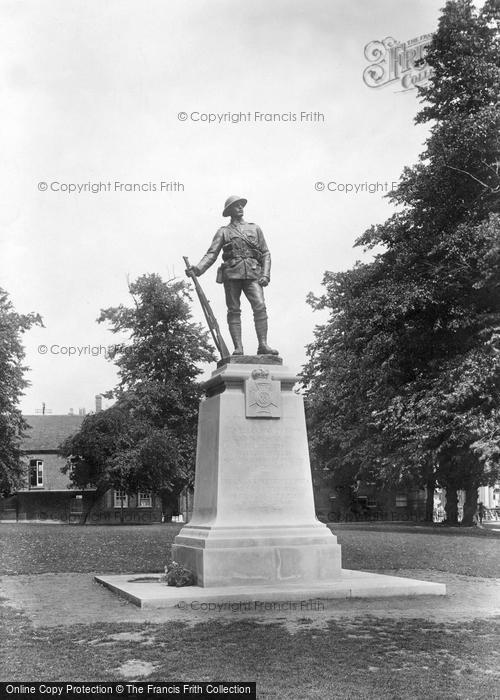 Photo of Winchester, K.R.R. War Memorial 1922
