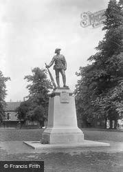 Winchester, K.R.R. War Memorial 1922
