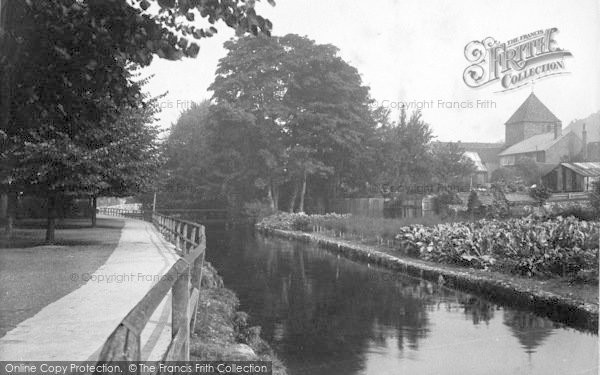 Photo of Winchester, On The River 1911