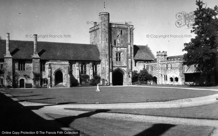 Photo of Winchester, St Cross c.1950