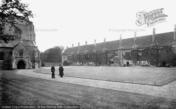 Photo of Winchester, St Cross Hospital, The Brothers Quarters 1919